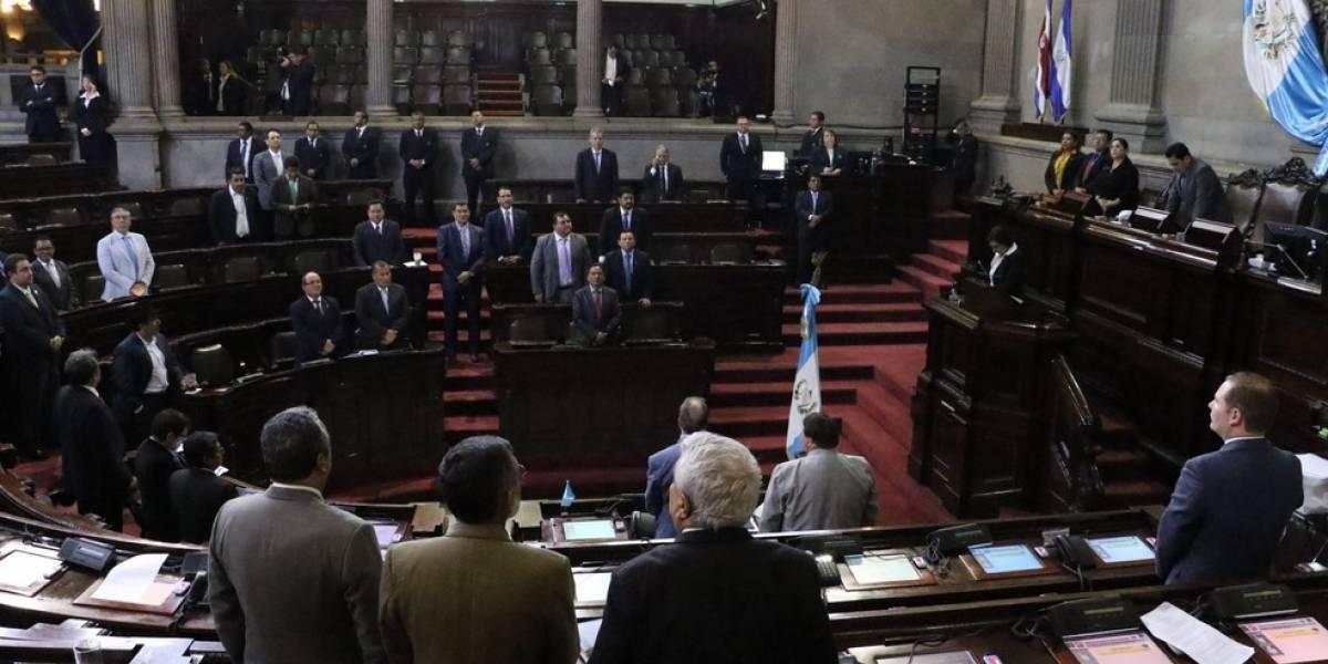 Acuerdan continuar discutiendo la reforma constitucional