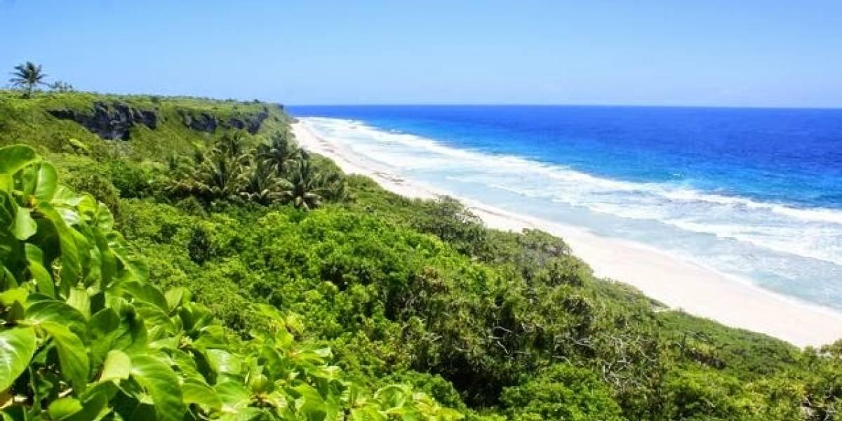 La paradisíaca isla desierta del Pacífico Sur que acumula la mayor cantidad de basura humana en sus playas