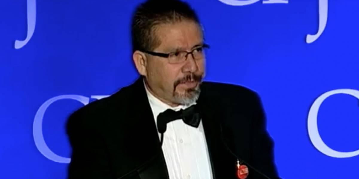 """""""No parece haber opciones ni salvación"""", dijo Valdez al aceptar premio en 2011"""