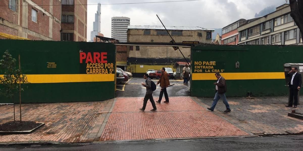 Los parqueaderos en Bogotá que exceden las tarifas