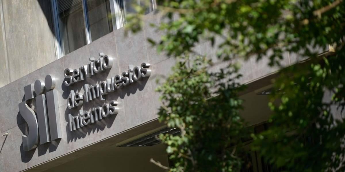 Más problemas para la reforma del Gobierno: funcionarios del SII anuncian paro por modernización tributaria