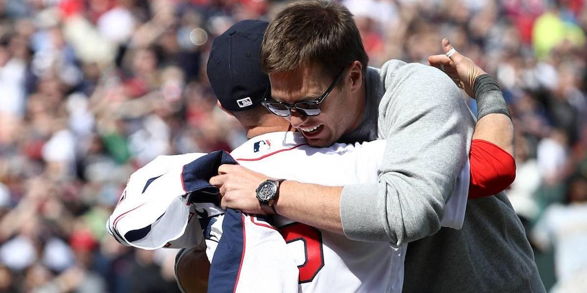 Tom Brady esto opinó del periodista mexicano que le robó sus jerseys