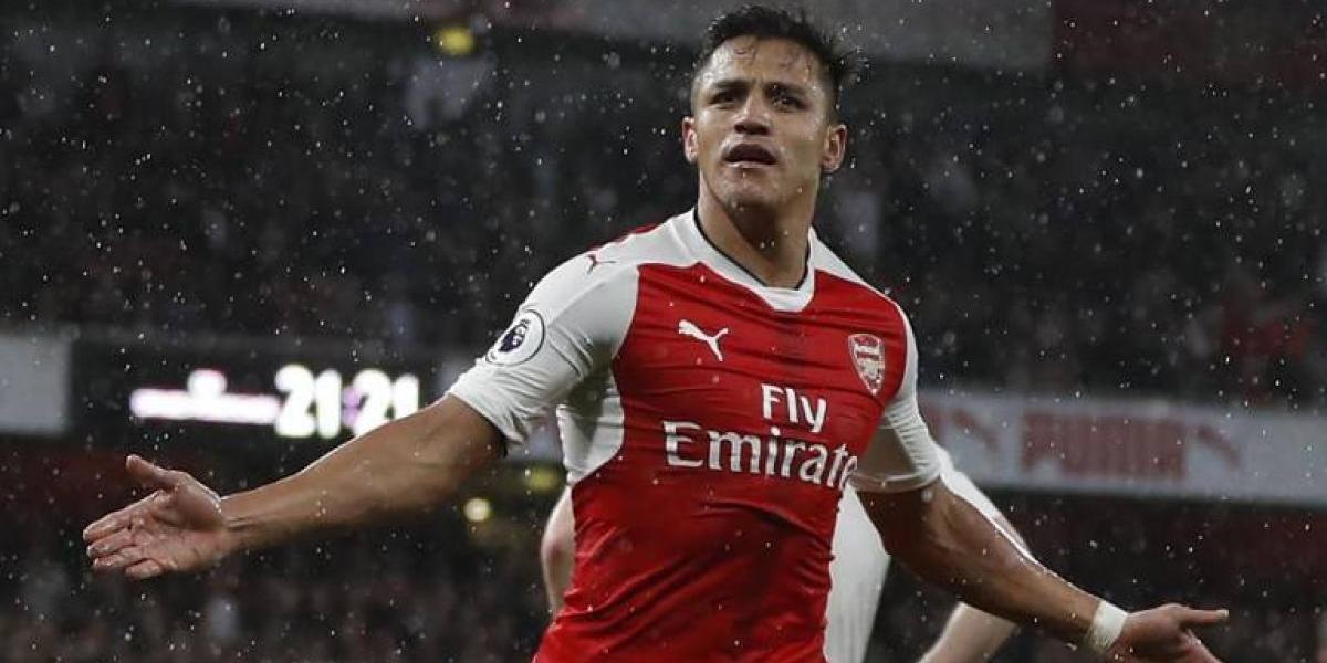 """Alexis vuelve a jugar al misterio con su futuro: """"Depende del Arsenal, de lo que quiere o no"""""""