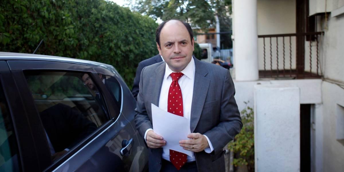 Socios de AB Chile expresaron su apoyo a Rodrigo Álvarez tras bajarse por disputa de la presidencia de Sofofa