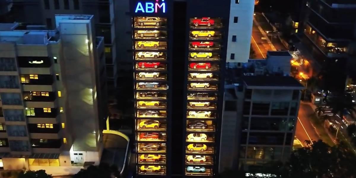 "La ""expendedora"" de autos de Singapur que asombra a todos"