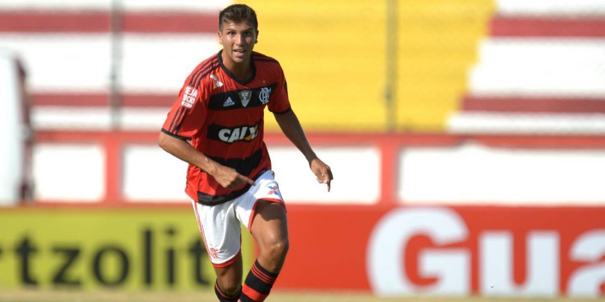 Everton estaría a pasos de asegurar a ex volante de Flamengo para la próxima temporada