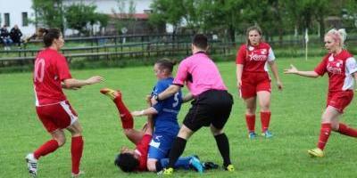 Futbolista bosnia fue suspendida de por vida tras brutal agresión a una rival | Deportes