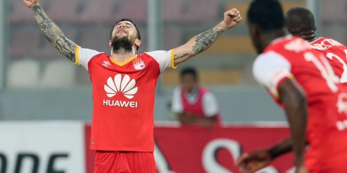 Santa Fe tiene más vida que nunca en Libertadores; Ganó en Perú y recibió ayuda 'Santa' en La Paz