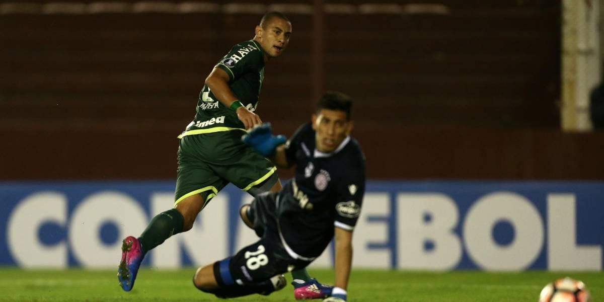 ¡No puede ser! Chapecoense incluyó a un jugador suspendido y perderá con Lanús 3 por 0