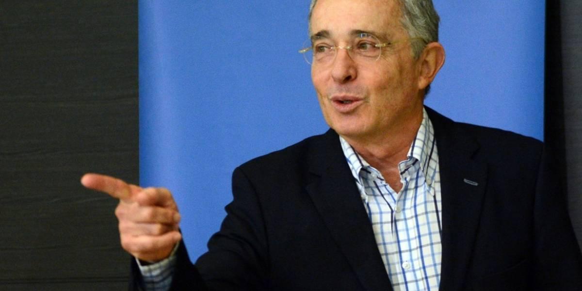 FLIP dice que Uribe estigmatizó a periodista por informar sobre presunta corrupción