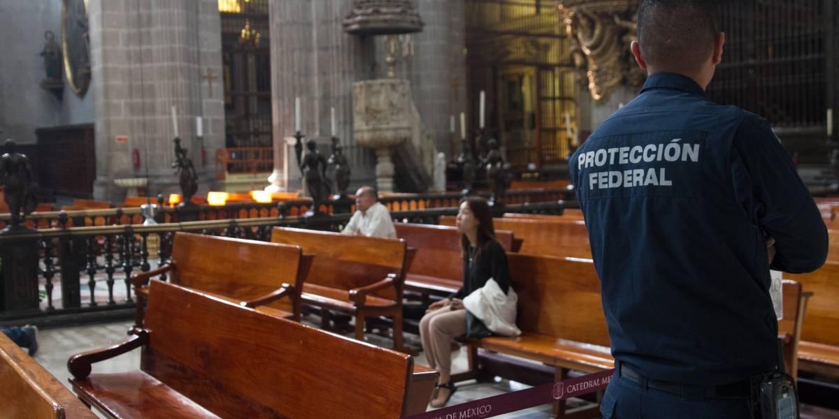 Identifican a agresor de sacerdote en Catedral Metropolitana de la CDMX