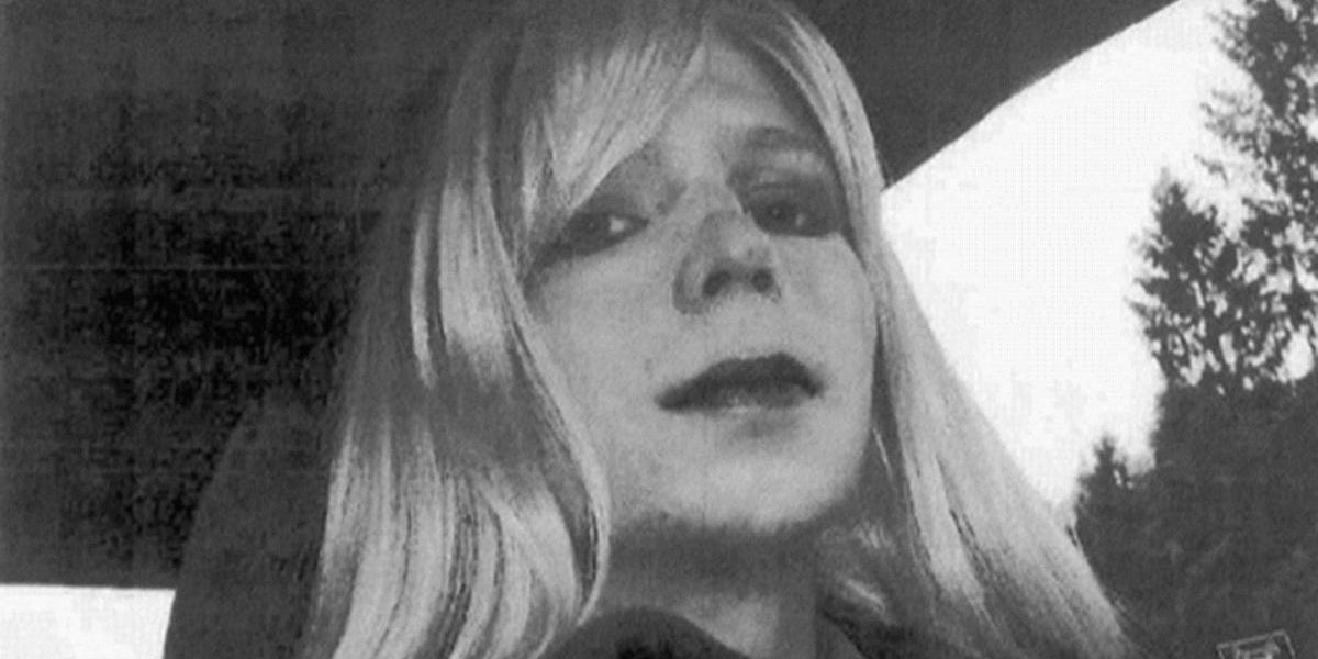 Exsoldado Chelsea Manning, fuente de Wikileaks, sale de la cárcel