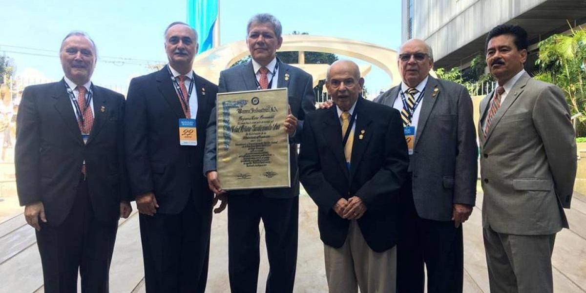 Banco Industrial rinde homenaje al Club Rotario Guatemala Sur por su 50 aniversario