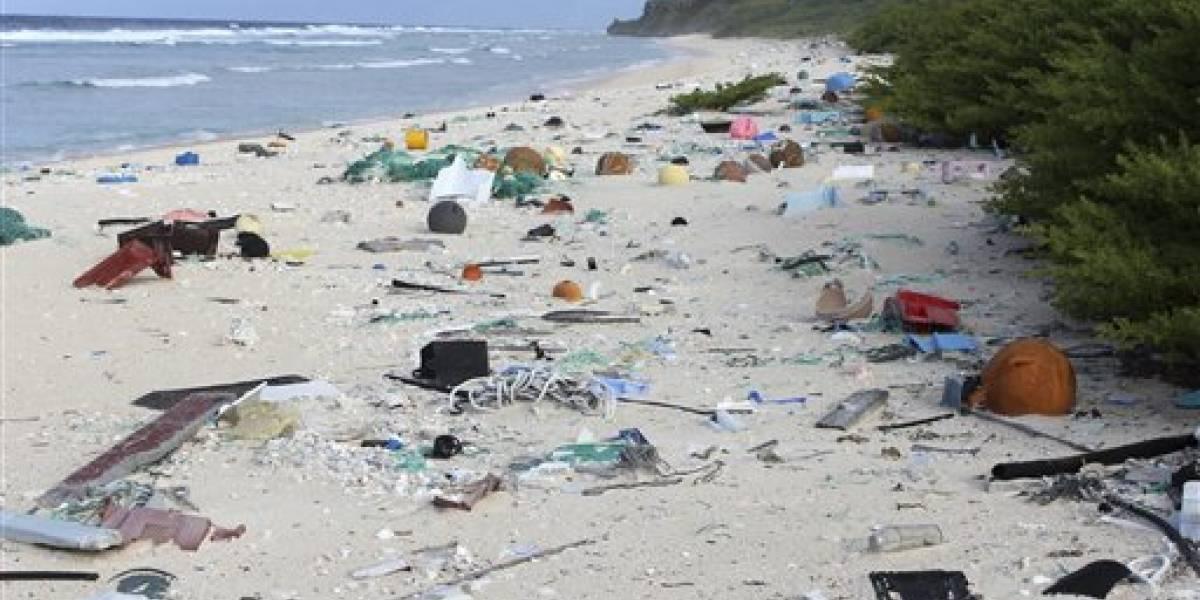 Localizantoneladas de basura en isla deshabitada del Pacífico