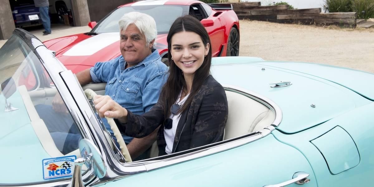 La segunda temporada de 'Jay Leno's Garage' traerá joyas automovilísticas y grandes invitados