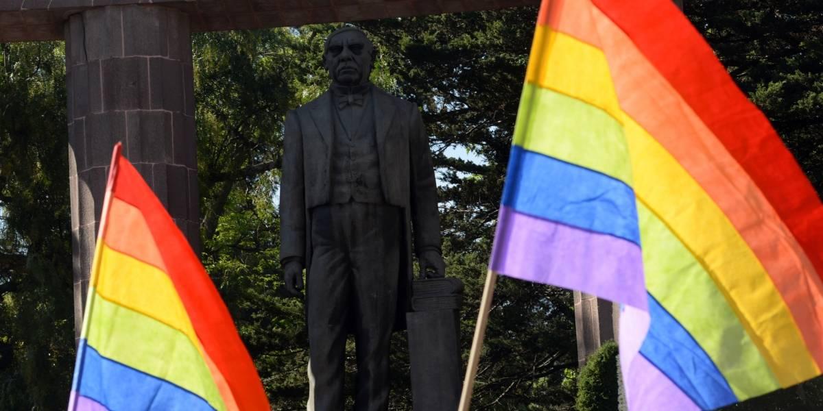 Piden avanzar en reconocimiento a derechos de población lésbico-gay