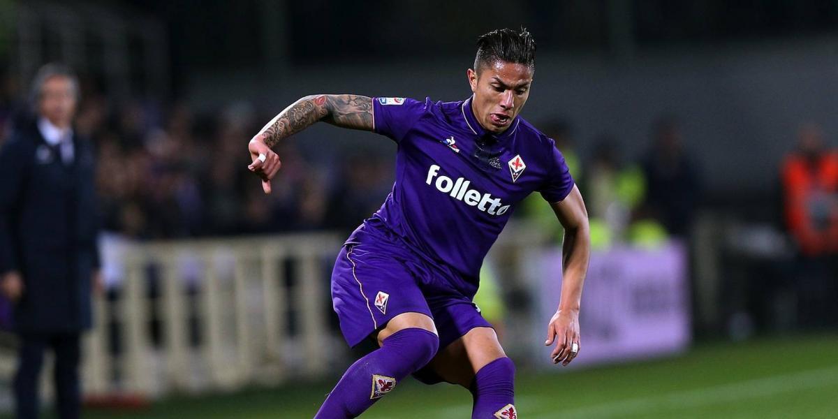Carlos Salcedo, con los días contados en la Fiorentina