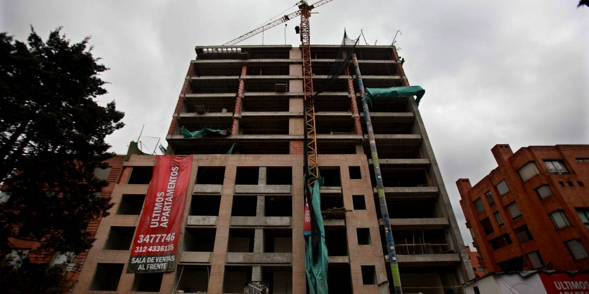 ¿Es capaz Bogotá de reabrir obras e industrias en medio de la cuarentena?