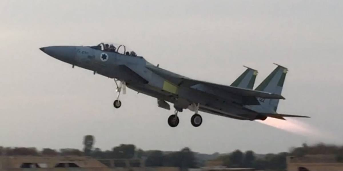 """Así es """"Frankenstein"""": el avión de guerra imposible creado por la Fuerza Aérea de Israel"""