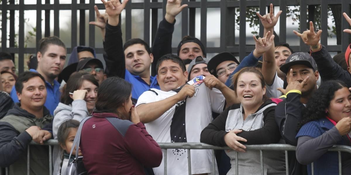 Largas filas y venta por internet finalizada: La expectación por ver a Colo Colo en La Serena