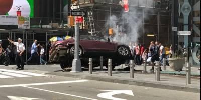 Vehículo atropella a varias personas en Times Square