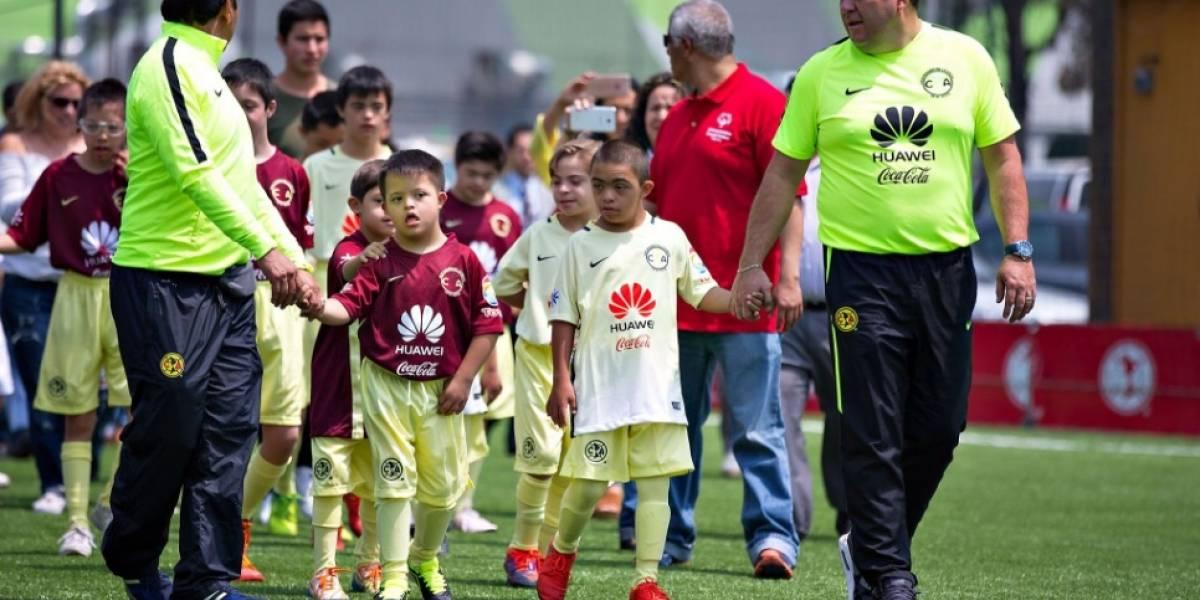 Club América presenta a su equipo de niños especiales