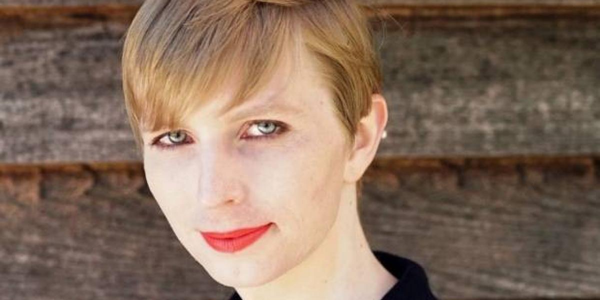Chelsea Manning publica primera foto luego de transición a mujer
