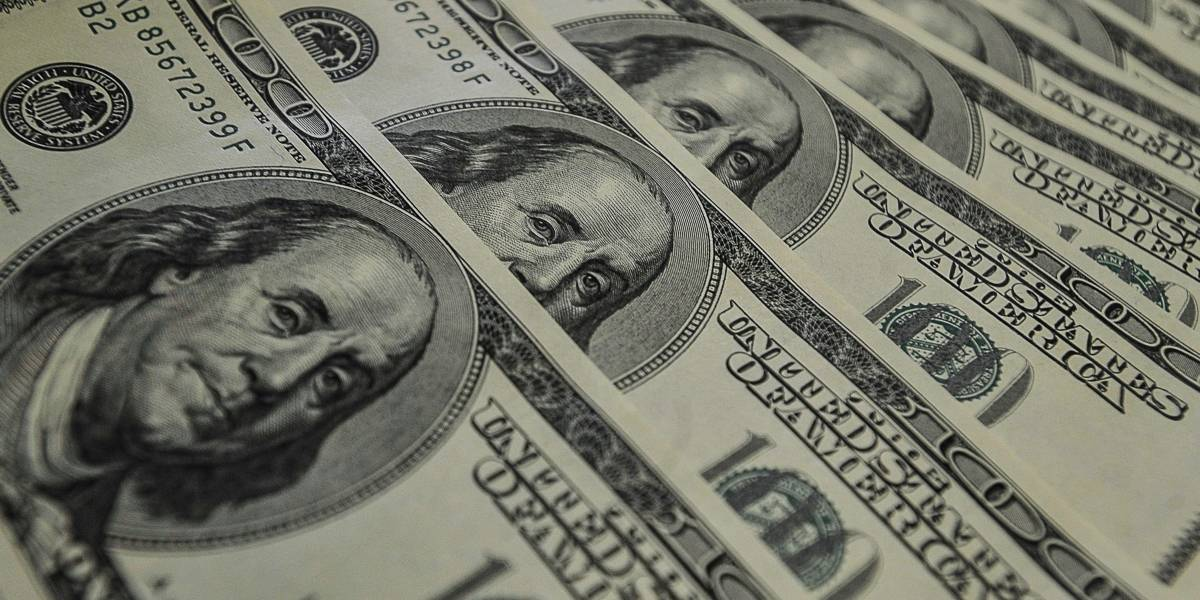 Dólar sobe e ultrapassa R$3,75 após demissão de Parente da Petrobras