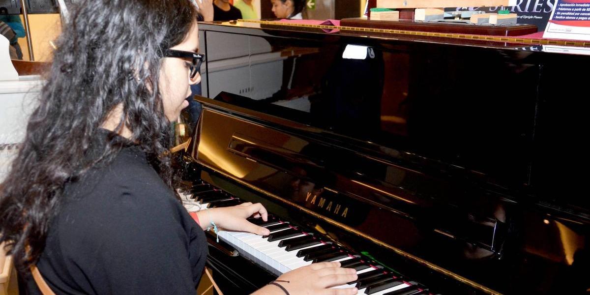 Instrumentos FG celebra mes del jazz