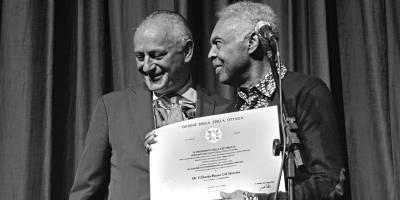 Gilberto Gil é homenageado por Embaixada da Itália no Brasil