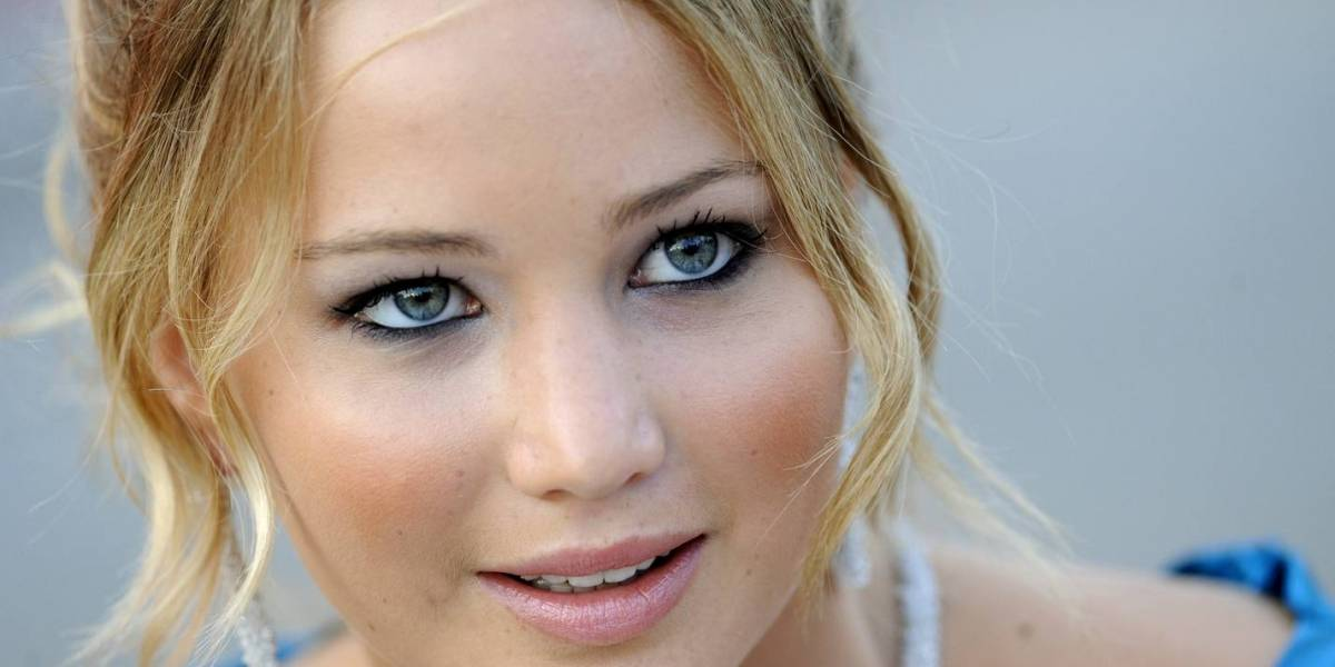 Jennifer Lawrence, borracha y bailando en un club de strippers