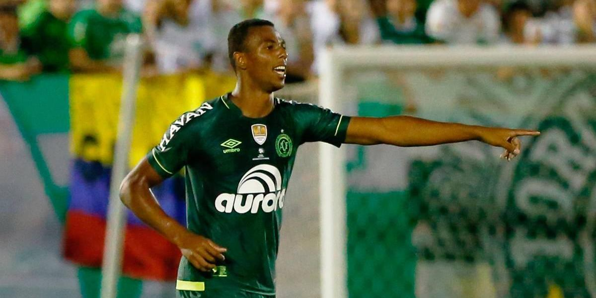 Escalação irregular de zagueiro pode eliminar a Chape da Libertadores