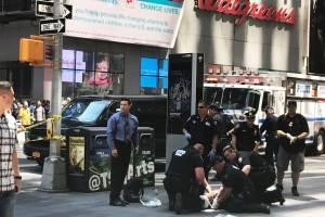 nova-york-times-square-atropelamento.jpg