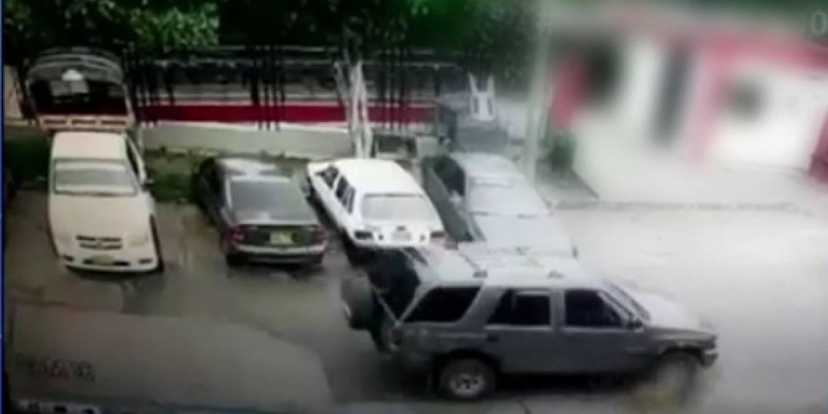 Otro caso de maltrato animal: hombre pasó su camioneta sobre un perro