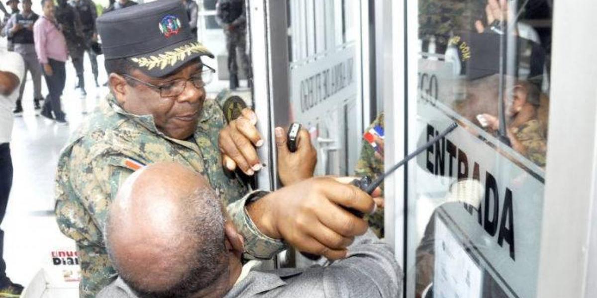 PGR negó dar orden para impedir entrada a periodistas