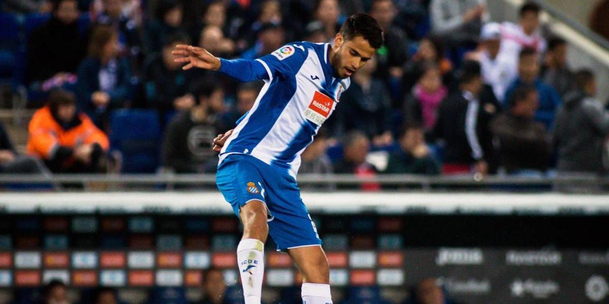 Diego Reyes podría jugar con Chicharito' en el Leverkusen