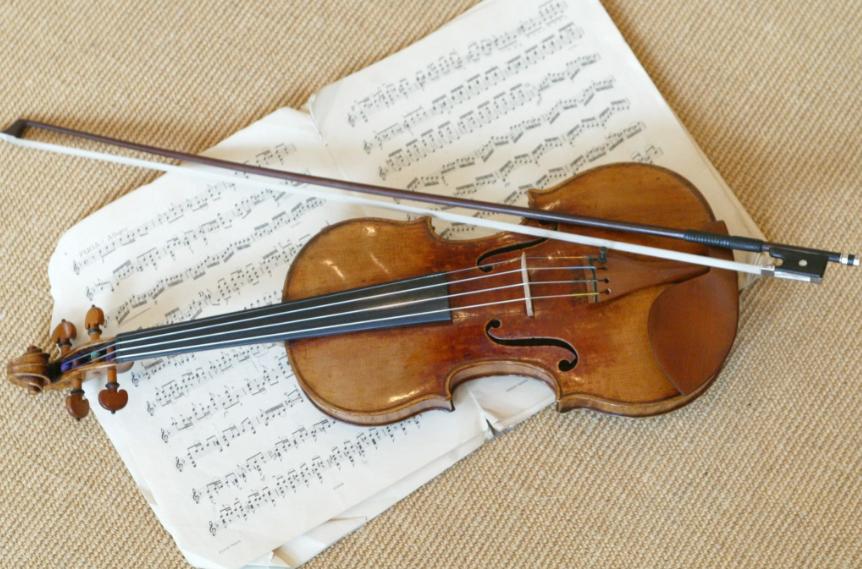 Esta es la verdadera historia del joven violinista que fue atrapado por la Policía