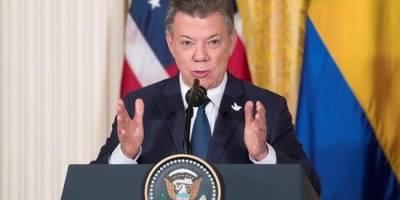 Farc se quejan de Santos y advierten sobre paramilitares cerca de Ecuador