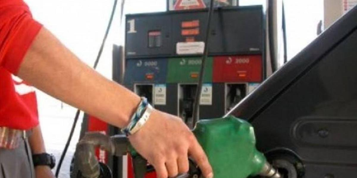 Combustibles aumentan; RD$2.00 en las gasolinas y RD$3.00 al fuel oil