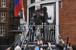 Assange: si WikiLeaks obtiene pruebas de corrupción en Ecuador, las publicará