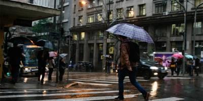 Frio e chuva continuam neste final de semana