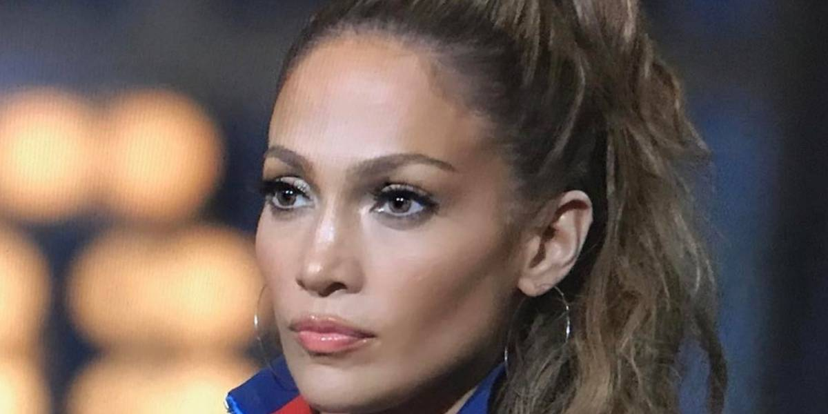 Alex Rodríguez empuja accidentalmente a Jennifer López y queda grabado