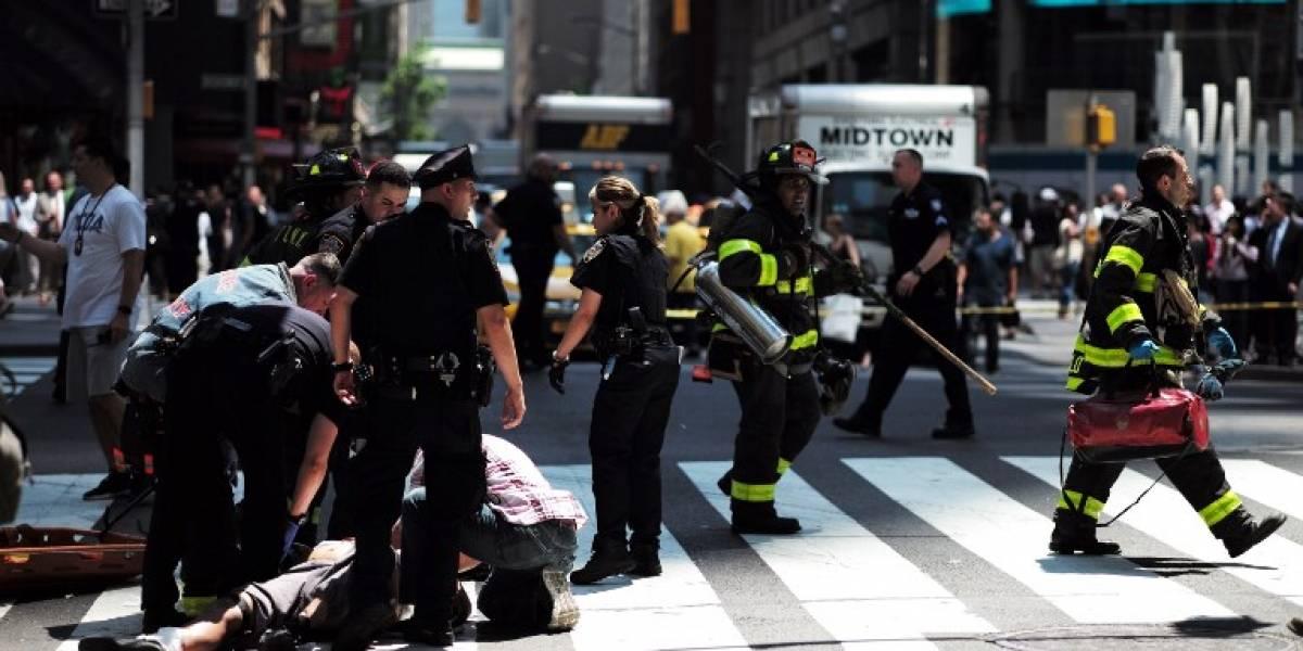 Video muestra el momento exacto del atropello en Times Square que dejó a una persona muerta y una veintena de heridos