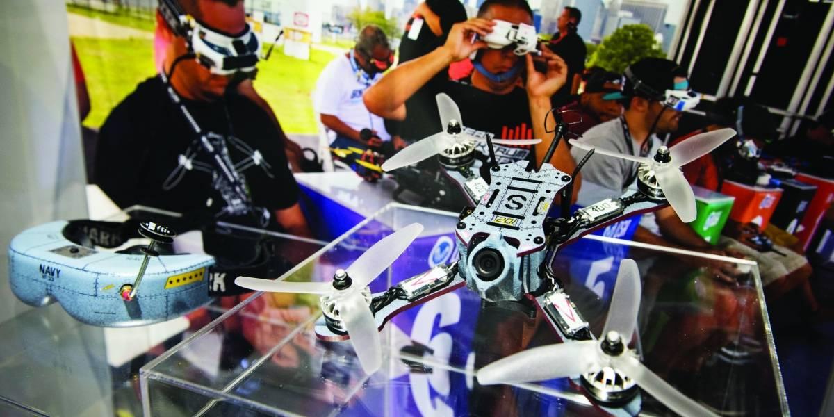 Los drones matan, sí, pero también rescatan,  hacen investigación y entretienen