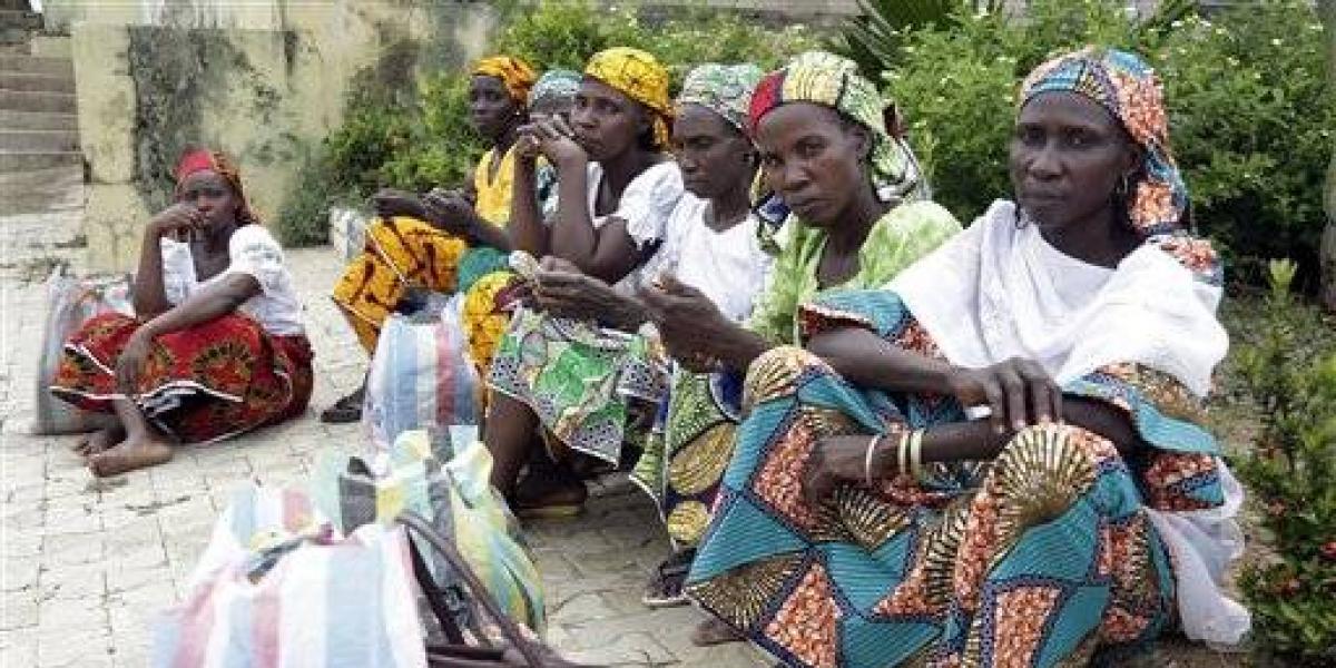 Niñas nigerianas se reencuentran con sus familias