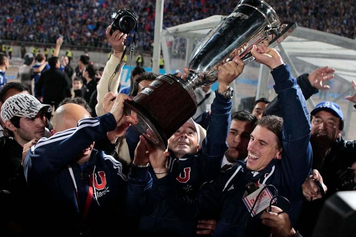 El éxito de la era Jorge Sampaoli comenzó con el título del Apertura 2011 / Agencia UNO