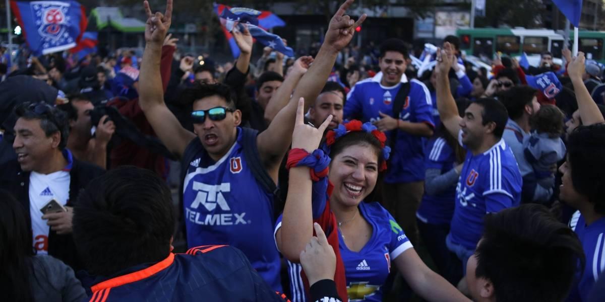 La fiesta de la U se tomó Plaza Italia y se vivió en todo Chile
