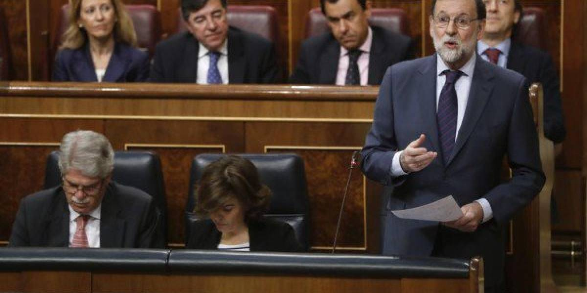 Miles en Madrid apoyan retiro de confianza a Rajoy