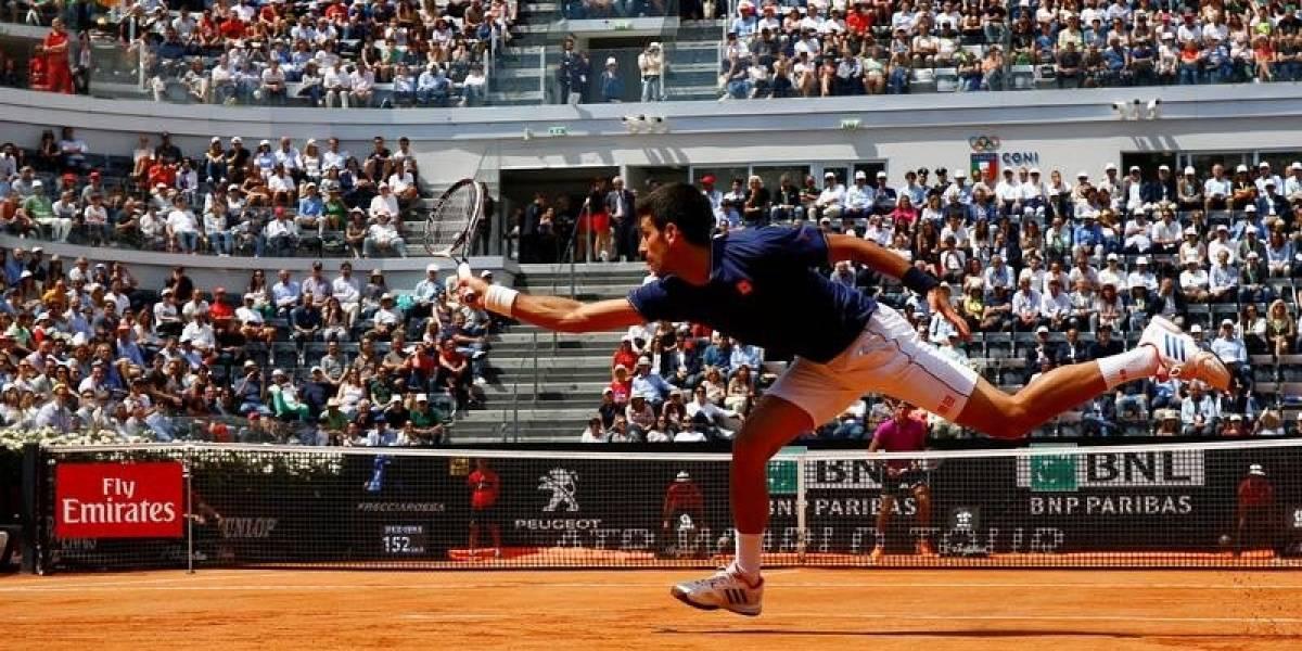 Djokovic despacha a Del Potro y avanza a semis en Italia