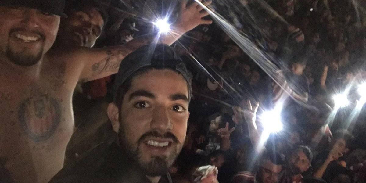 VIDEO: Afición alienta a Chivas con serenata en camino hacia la Final